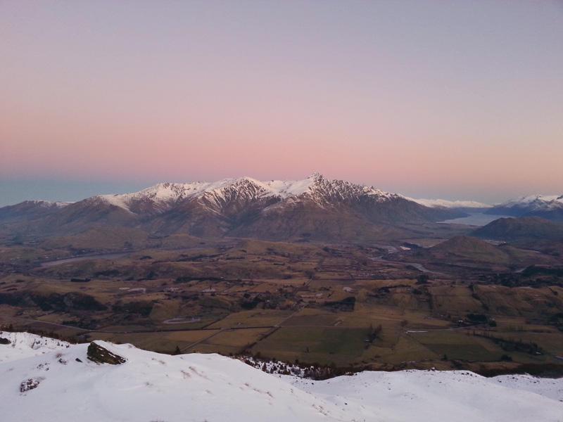 Coronet-Peak-Night-Ski_dark.jpg